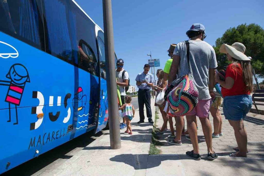 Bus-lanzadera-Macarella
