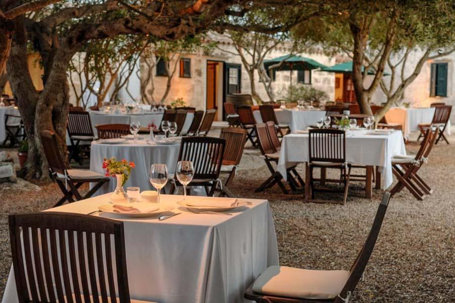 alcaufar-vell-uno-de-los-mejores-restaurantes-de-menorca